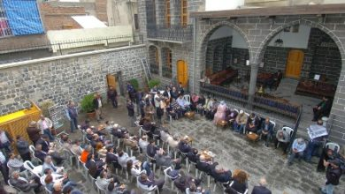 Amed Dengbej Evine Siyasi Şarkı Yasağı